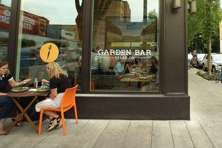 Garden-Bar-DSC01126-NW-Davis